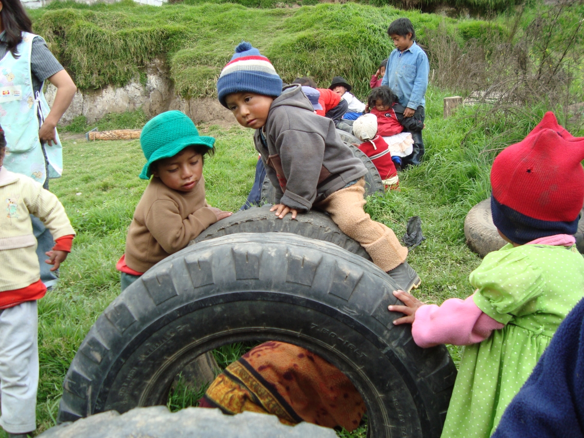 Support for Children's Daycare Facilities in Simiatug (Ecuador)
